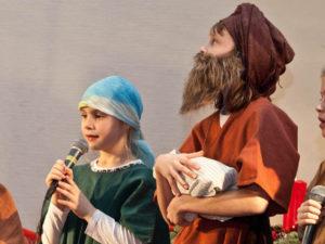 Simeon segnet das Christkind. © Martens